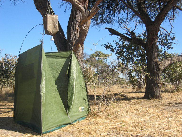 Busch-Camp-Dusche
