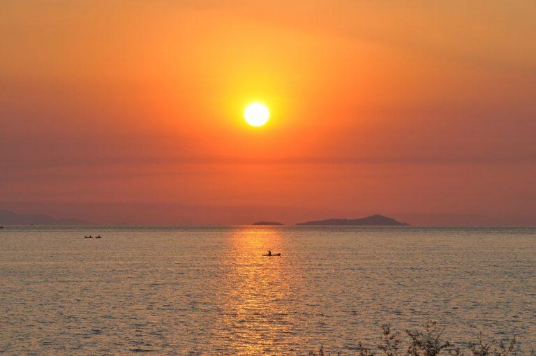 Malerischer Sonnenuntergang am Malawisee