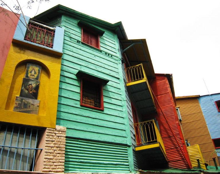 Die bunten Häuser von La Boca in Buenos Aires