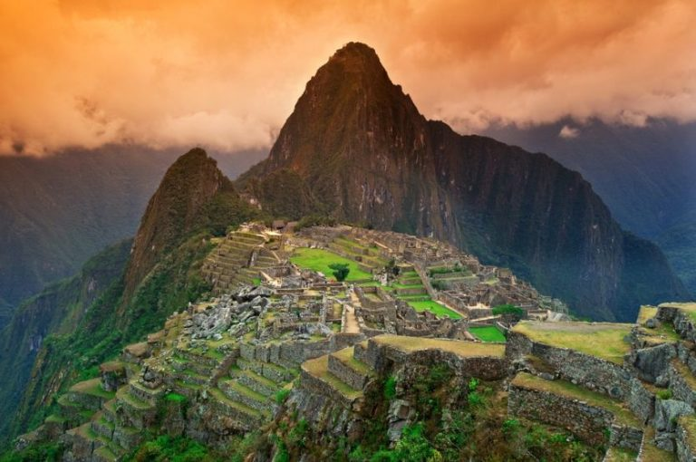 Machu Picchu bei Sonnenaufgang erleben
