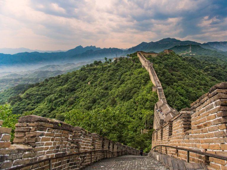 Die beeindruckende Chinesische Mauer erklimmen