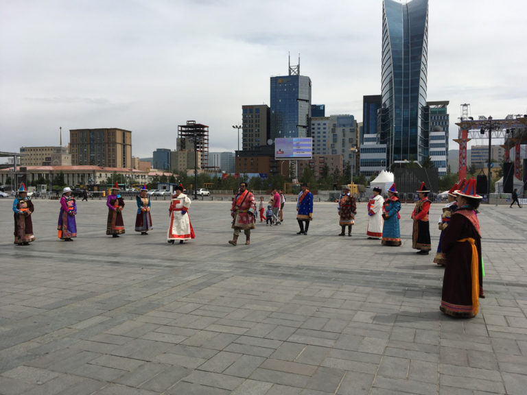 In der Hauptstadt der Mongolei treffen Kultur und Moderne aufeinander