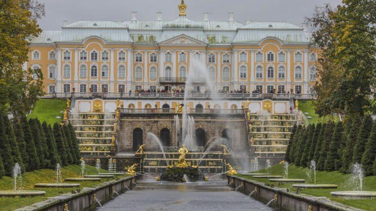 Peterhofs prachtvolle Fontänen