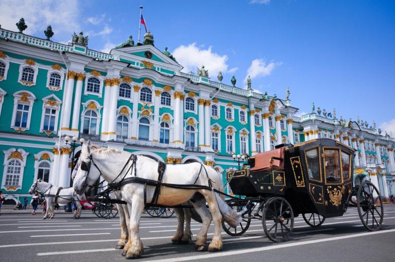 Das prunkvolle Kunstmuseum Ermitage