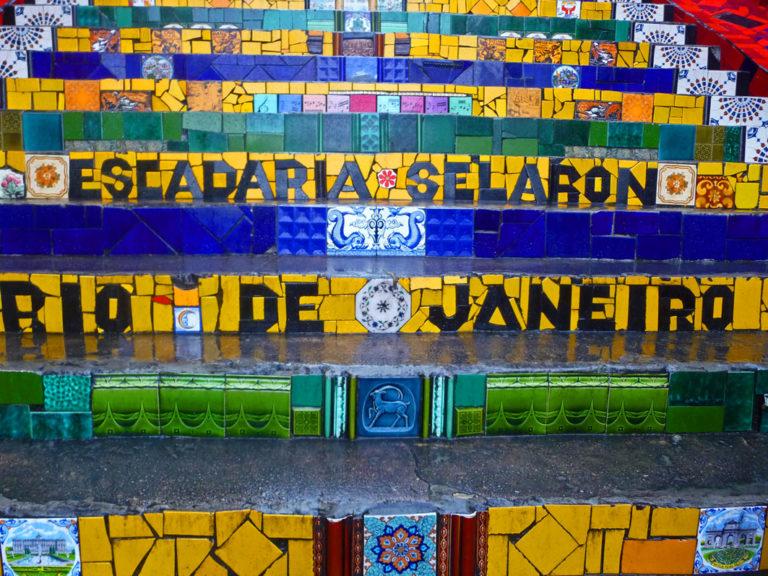 Die farbenfrohe Selarón Treppe