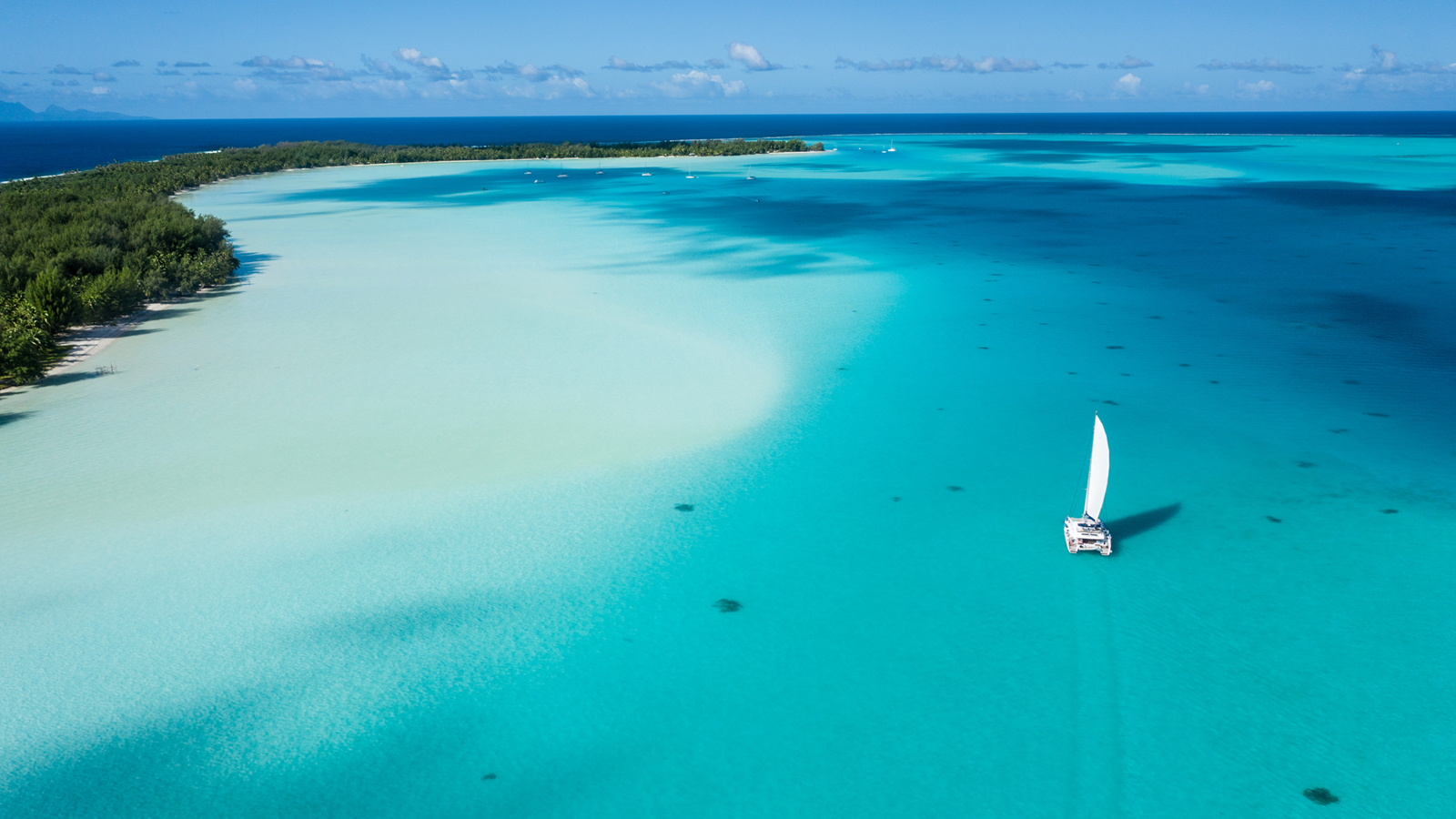 Segelurlaub in der Südsee Segelreisen Französisch-Polynesien traveljunkies