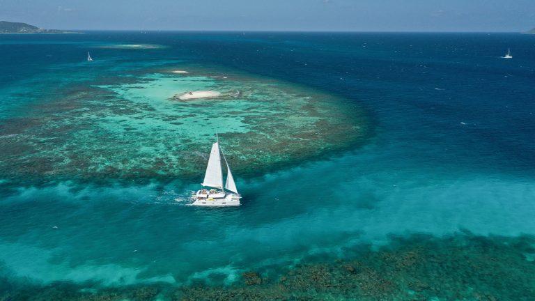 Luxuriöser Segeltörn in der Karibik: Martinique, St. Lucia, St. Vincent und die Grenadinen