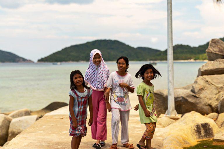 Die Dorfkinder freuen sich auf Ihren Besuch