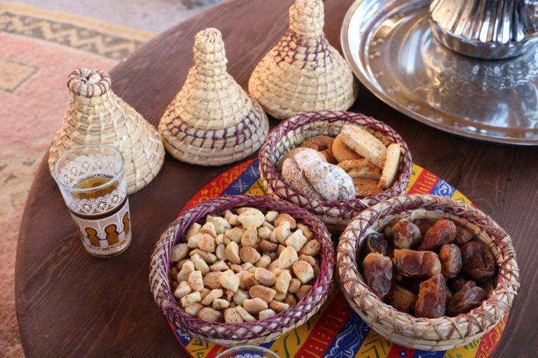 Bei traditionellem Tee Marokkos Kultur kennenlernen