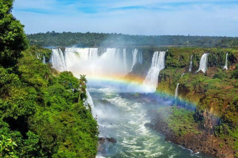 Die späktakulären Iguazu-Wasserfälle