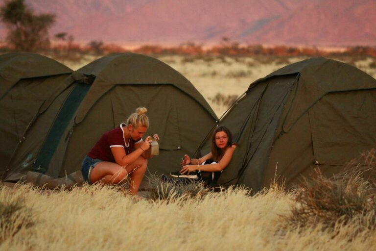 Sonnenuntergang im Zeltlager