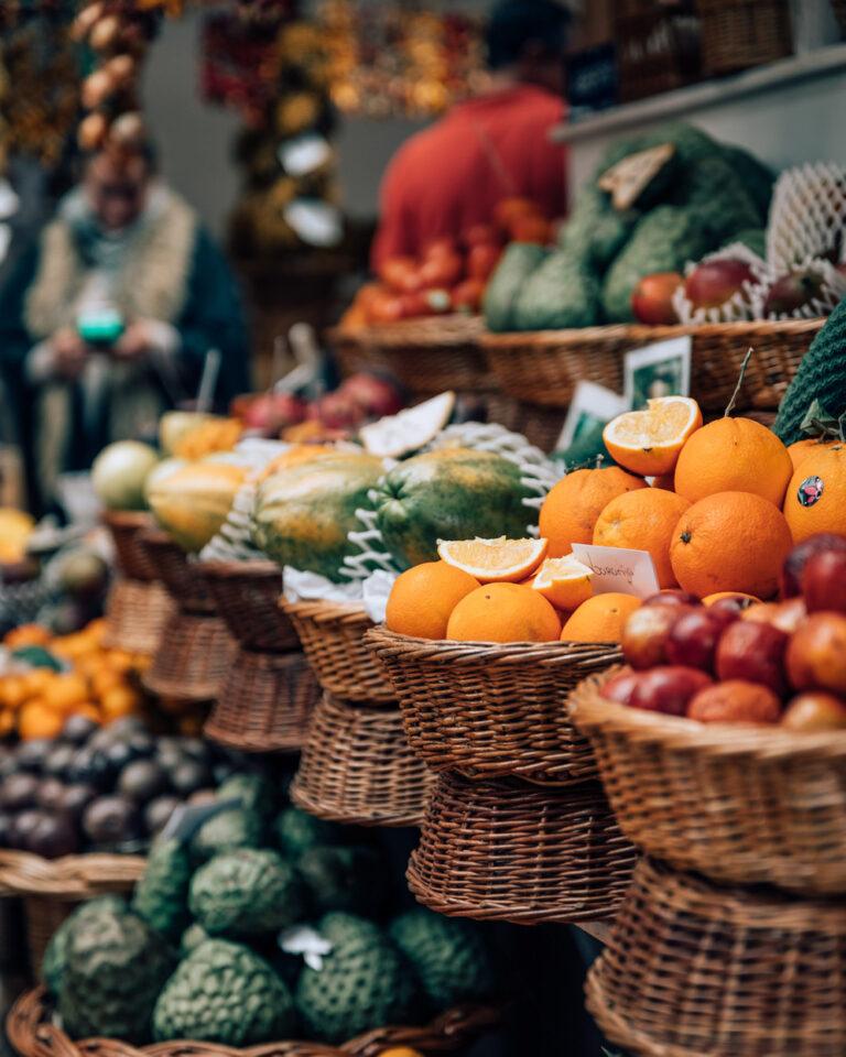 Der Markt lockt mit leckeren Früchten