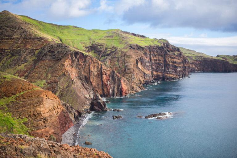 Atemberaubende Steilküsten
