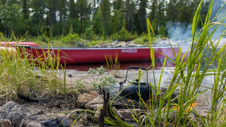 Fluss Ivalojoki: Kanutour in Schweden