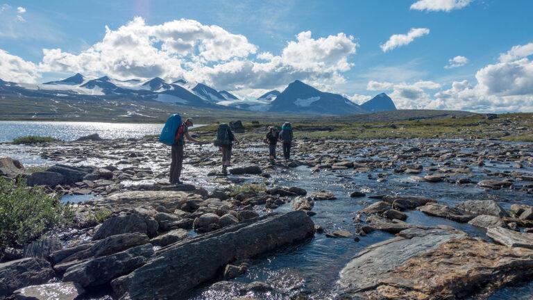 Wandertour-auf-dem-Kungsleden-zu-den-höchsten-Bergen-Schwedens