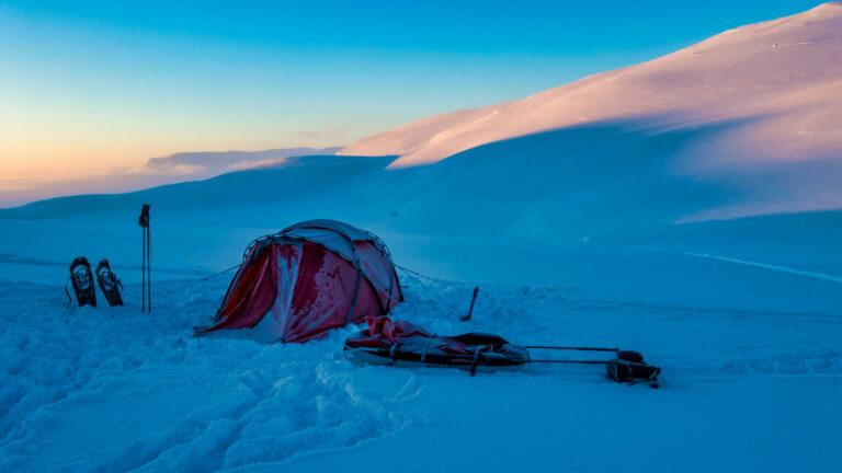 schweden-wintertour-profi-know-how-fuer-dein-outdoorabenteuer-traveljunkies