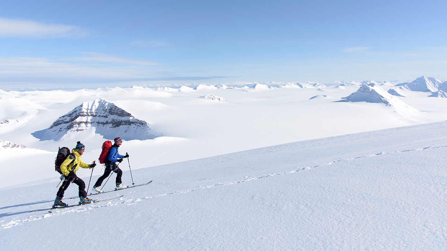 Alpine Gipfel in Nord-Norwegen - Ski & Segel-Expedition Arktis Urlaub traveljunkies