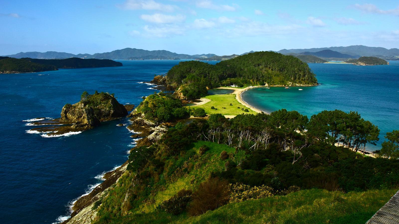 Bay of Islands auf der Nordinsel Neuseelands traveljunkies