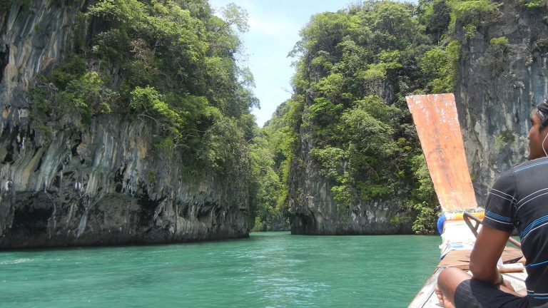 Inselhopping Thailand - segeln mit dem Katamaran Segelurlaub Asien traveljunkies