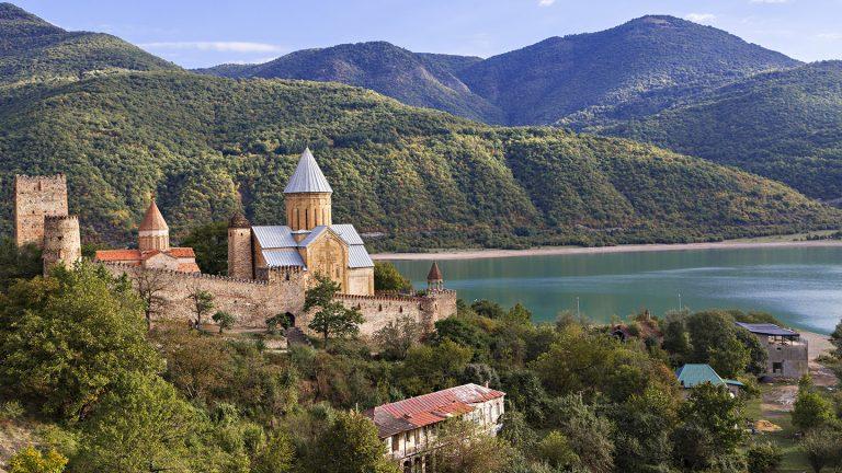 Kaukasus hautnah – Abenteuerreise durch Georgien und Armenien Urlaub für junge Leute