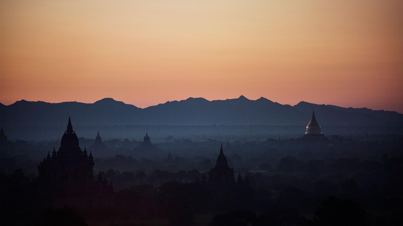 Myanmar Bagan Sonnenaufgang Thailand Kambodscha Vietnam Laos Reise für junge Leute Indochina preiswert reisen traveljunkies