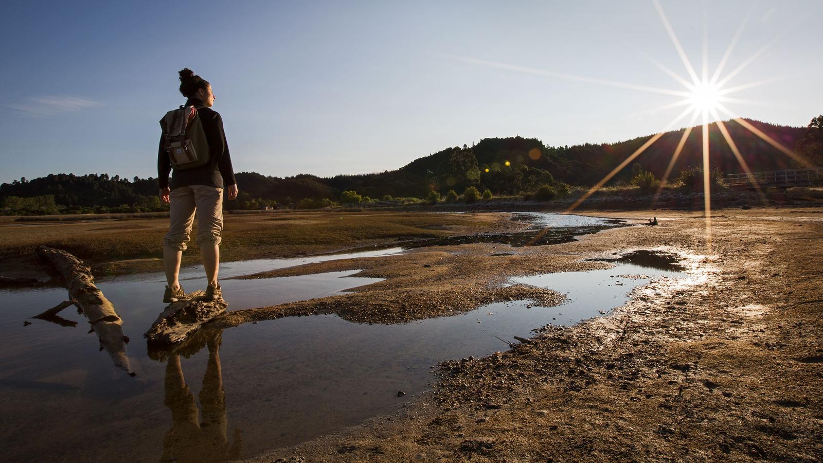 Neuseeland Strand traveljunkies Rundreise Abenteuerreise Gruppenreise Reisen für junge Leute