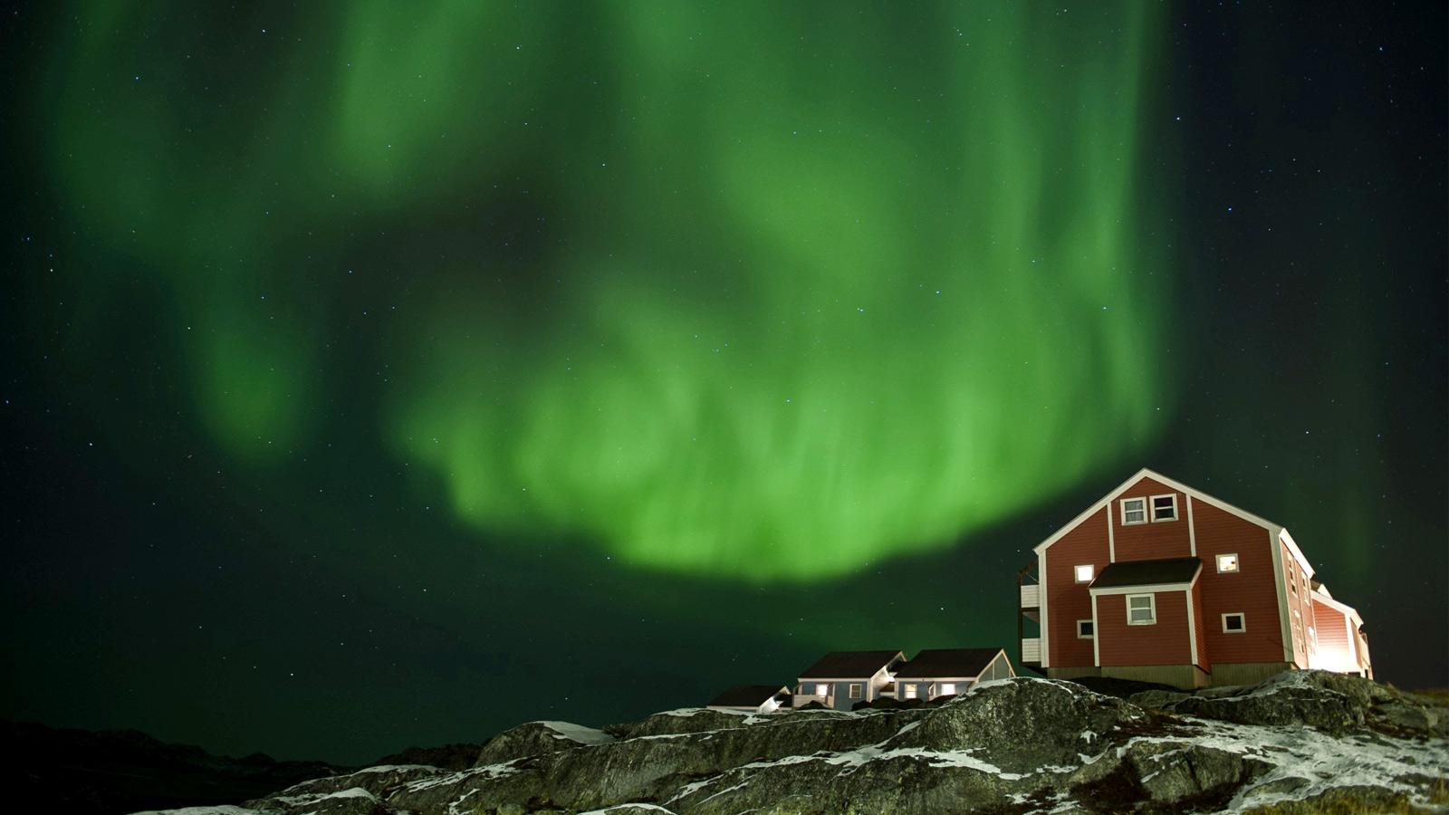 Nordlichter un Grönland in der Arktis am Norpol und Spitzbergen traveljunkies