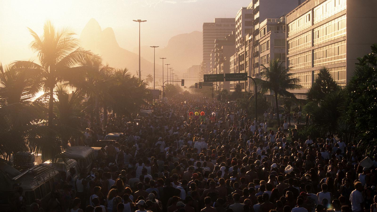Rio de Janeiro Carnival preiswert reisen im Hostel Brasilien Reise für junge Leute traveljunkies