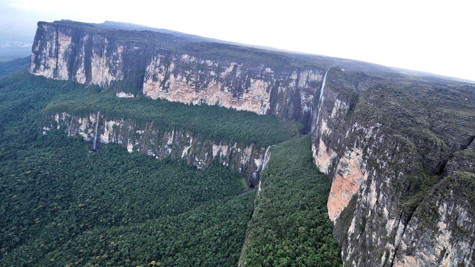 Roraima Trekking in Venezuela traveljunkies