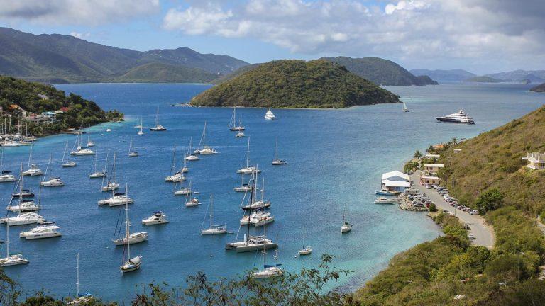 Segelkreuzfahrt Britische Jungferninseln Mitsegeln in der Karibik traveljunkies