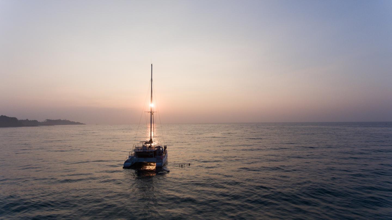 Sri Lanka Segeln mit dem Katamaran Segeltörn Asien traveljunkies