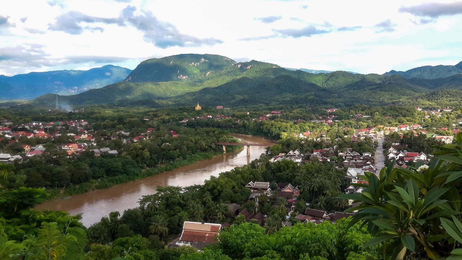 Vietnam & Laos Reise für junge Leute in der Gruppe Asien preiswert reisen traveljunkies
