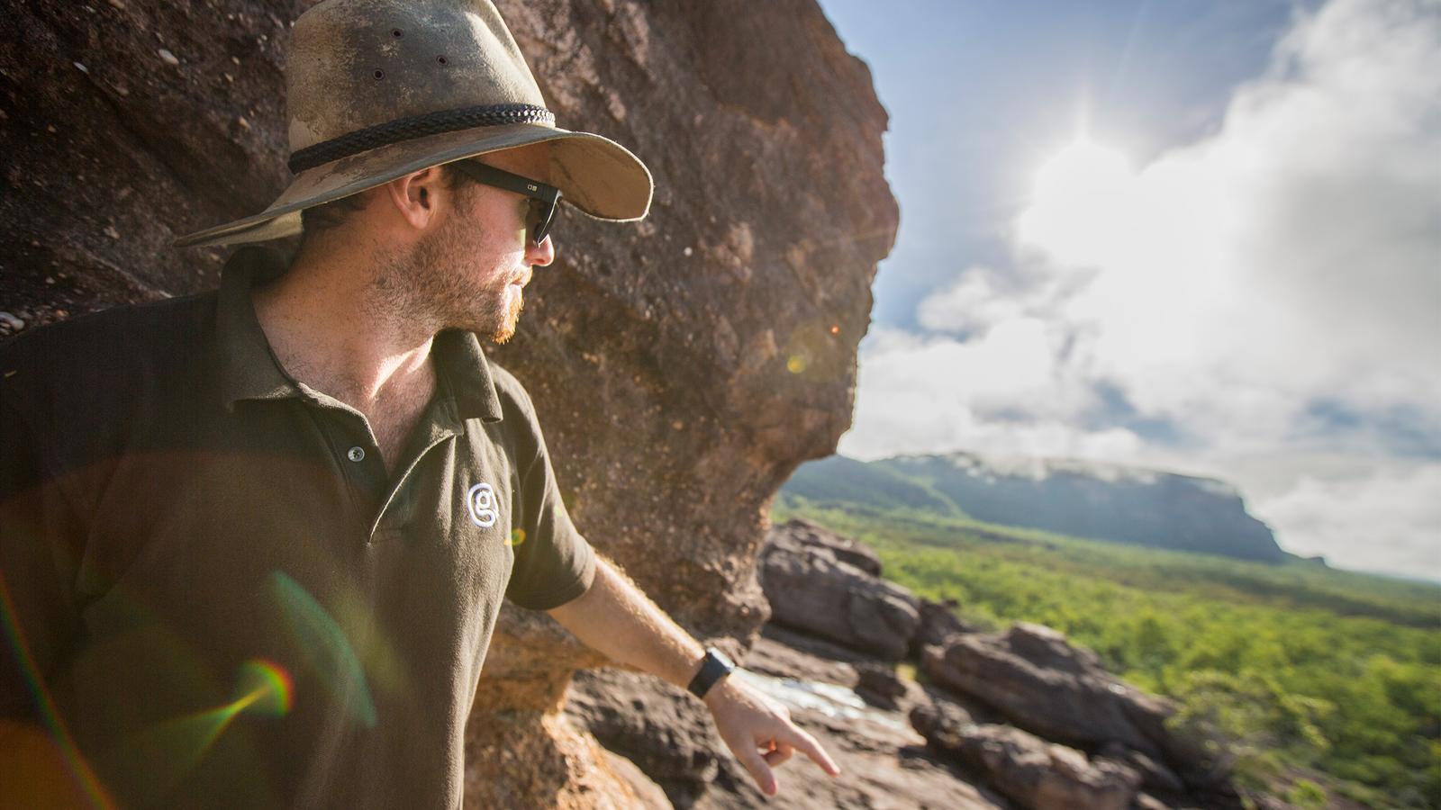 traveljunkies Australien Kakadu Nationalpark Alice Springs Abenteuerreise Gruppenreise Erlebnisreise Ayers Rock Reisen für junge Leute